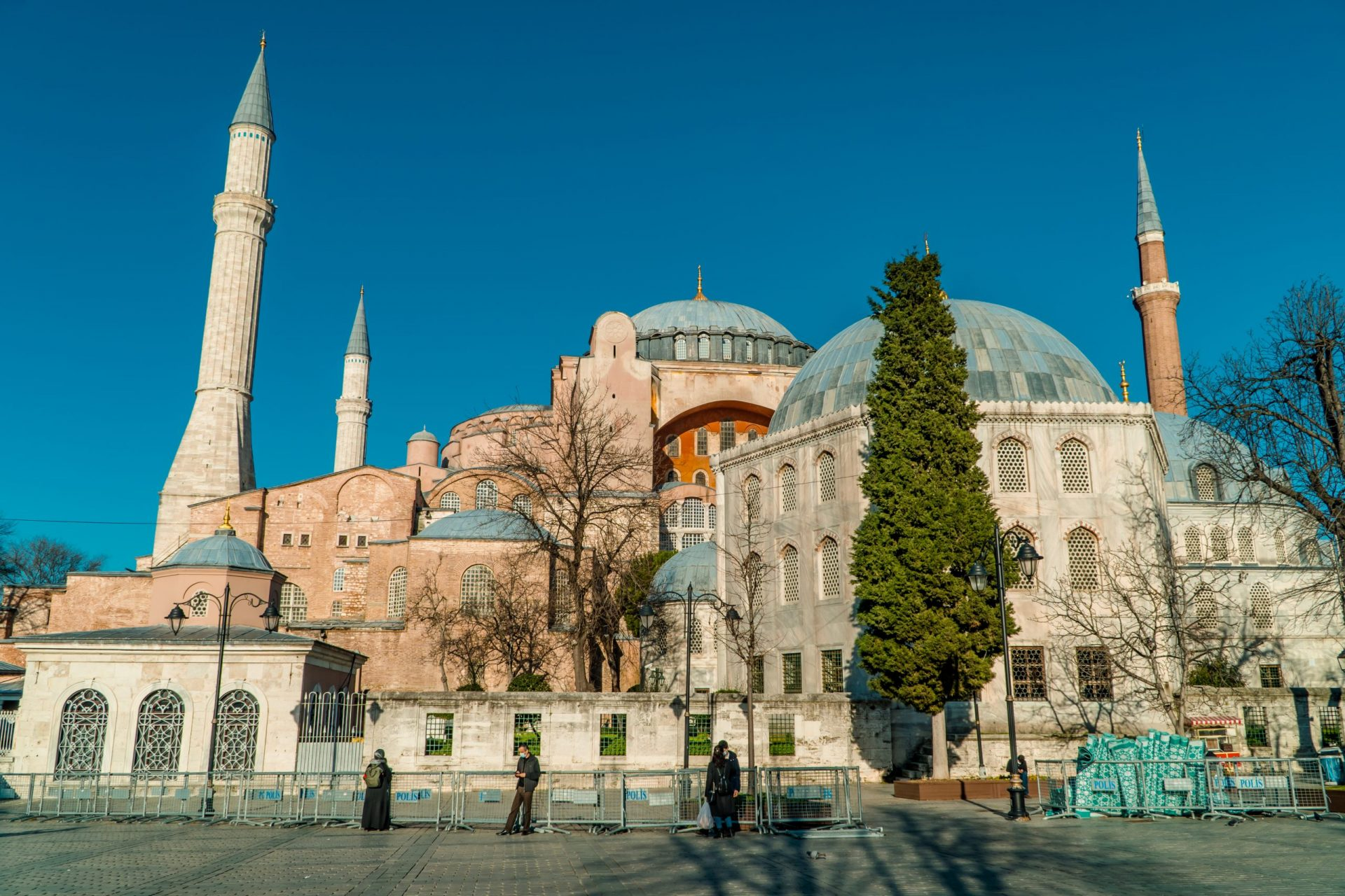 The Ultimate Guide to Turkey for Digital Nomads - The Hagia Sophia in Istanbul