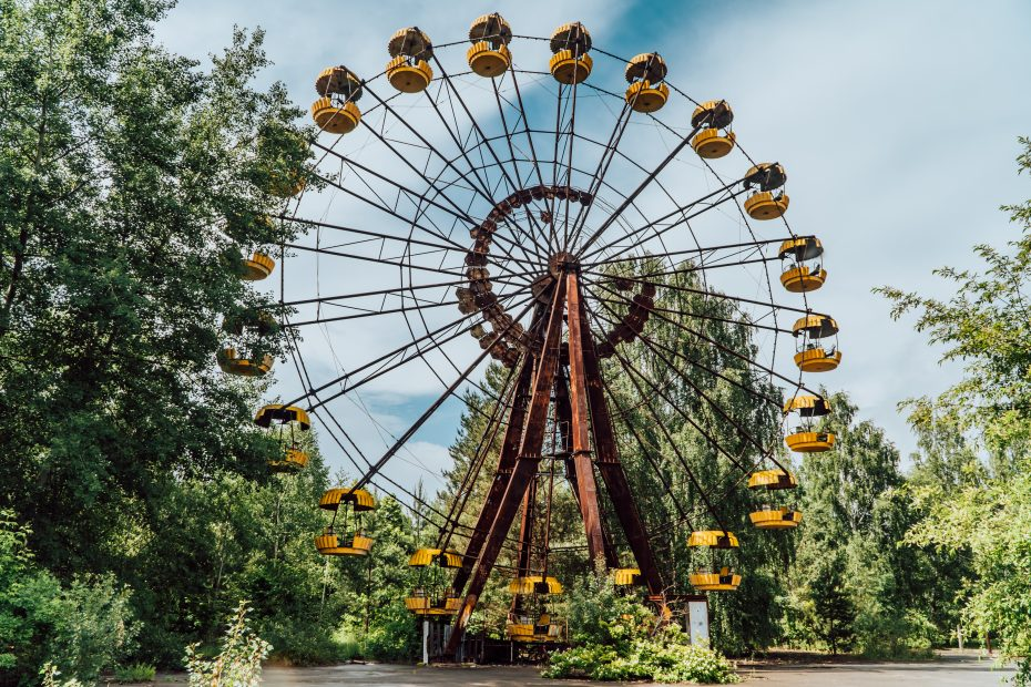 Visit the Chernobyl Exclusion Zone - the main hotel in Pripyat