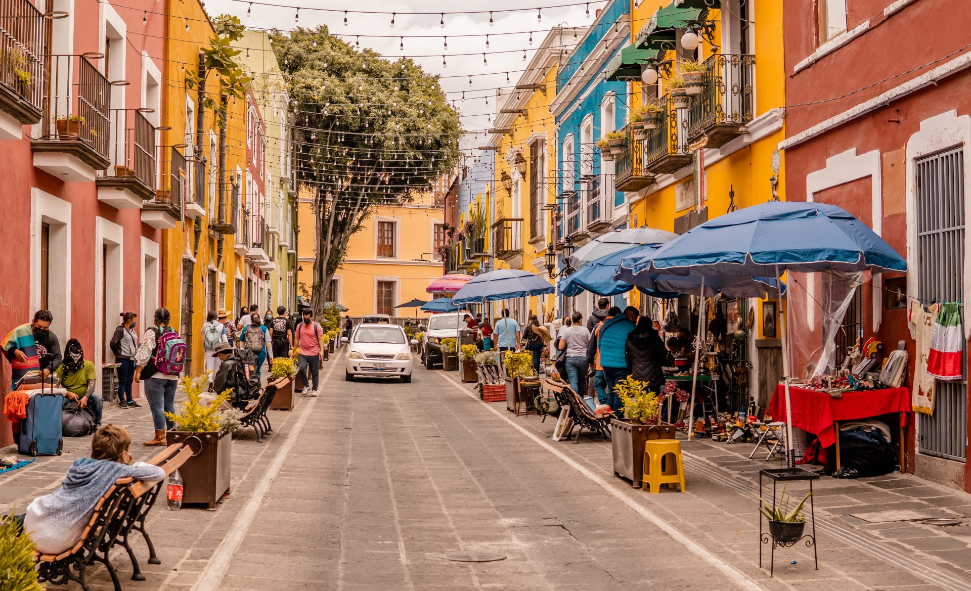 Colorful architecture in the center of Puebla