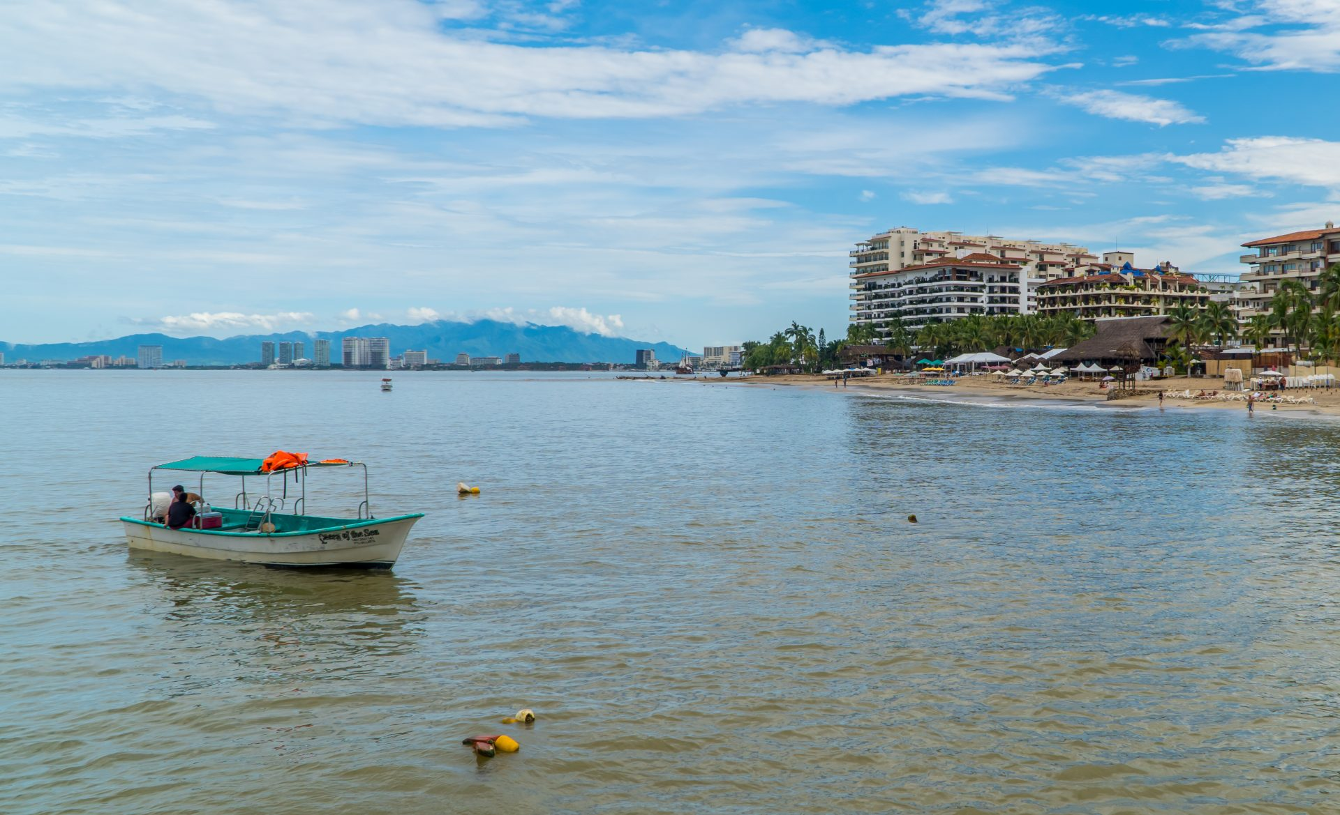 Puerto Vallarta Digital Nomad Guide - boat and beach in the Romantic Zone